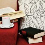赤いソファと風水